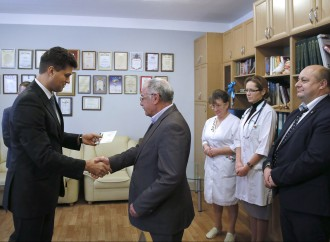 «Батьківщина» нагородила лікарів, які допомагали пораненим під час Революції Гідності
