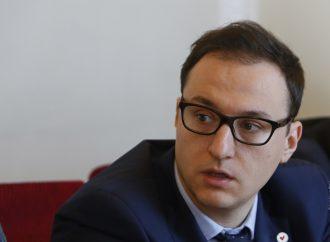 Олексій Рябчин: Антикорупційні органи мають професійно боротися з корупцією, не політизуючи цей процес