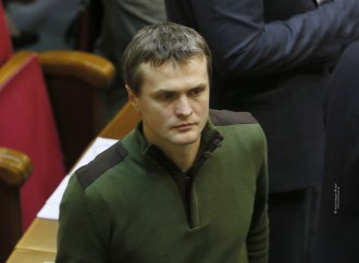 Завищені ціни на пальне для армії має перевірити НАБУ, - Ігор Луценко