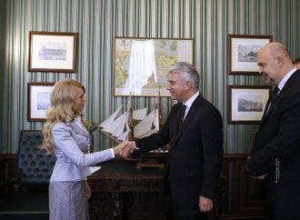 Юлія Тимошенко під час зустрічі з Послом ФРН Ернстом Райхелем. 26.09.2016.