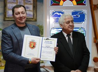 Руслан Богдан передав цінну колекцію старожитностей Гадяцькому краєзнавчому музею
