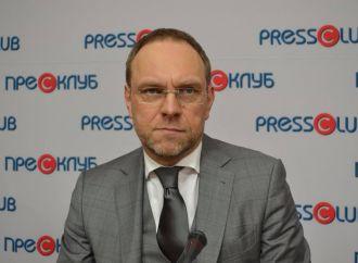 Сергій Власенко: Відкривати ринок землі можна лише після референдуму