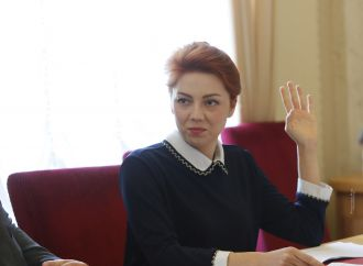 Президент не зацікавлений в незалежних судах, – Альона Шкрум