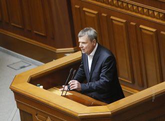«Батьківщина» наполягатиме, щоб земельні питання розглядалися в парламенті першочергово