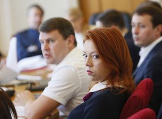 Альона Шкрум: Президент хоче зробити Конституційний Суд України ручним