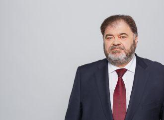 «Батьківщина» у Київраді вимагає зниження тарифів на утримання будинків