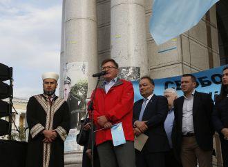 Григорій Немиря закликав міжнародних партнерів та чинну владу боротися за звільнення українців в окупованому Криму та Донбасі