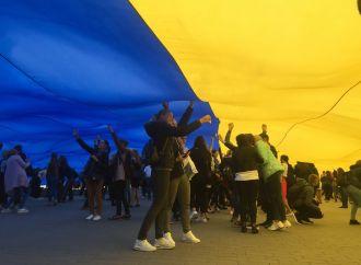 На Волині освятили найбільший у світі Державний прапор України