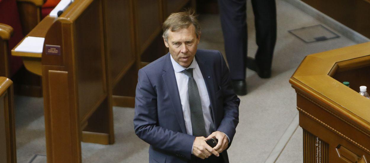 Тарифи від президента призвели до призупинення навчання в українських вузах, – Сергій Соболєв