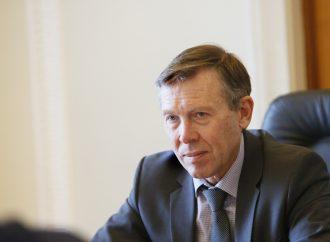 Україна демонструє надто кволу позицію щодо Керченського мосту, – Сергій Соболєв