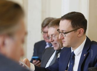 Олексій Рябчин: Курт Волкер робить все можливе, щоб зрушити мирний процес