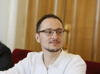 Олексій Рябчин: Про проходження ідентифікації для отримання соцвиплат переселенцям