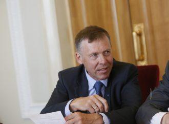 Сергій Соболєв: Розгляд законопроекту про Антикорупційний суд затягується через торги в Адміністрації Президента