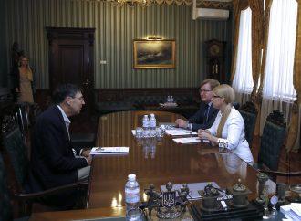 ЮліяТимошенко обговорила з Джоном Гербстом шляхи тиску на Росію