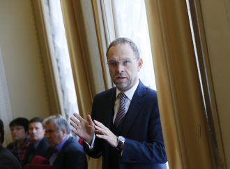 Сергій Власенко: Жоден кандидат у Президенти не відповідає викликам, що стоять перед державою