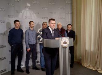 «Батьківщина» вимагає покарати шахраїв, які залишили сотні фермерів Одещини без зерна