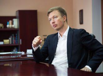 Андрій Ніколаєнко: Влада перетворила роботу в уряді на спосіб заробітчанства