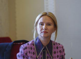 Олена Кондратюк: Комітет з питань свободи слова має оперативно переглянути своє рішення та підійти до питання акредитації ЗМІ максимально виважено