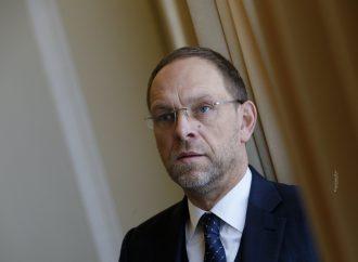 Сергій Власенко: Президент у неконституційний спосіб отримав тотальний контроль за діяльністю ДБР
