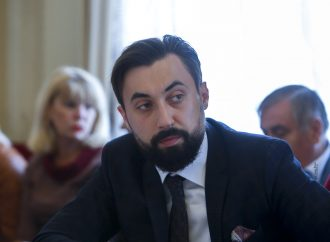 Володимир Кабаченко: Зміна уряду – черговий експеримент «слуг» над Україною