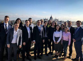 Представники «Батьківщини» пройшли навчання у Будапешті