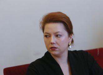 Альона Шкрум: Закон про особливий статус Донбасу не вирішить питання війни