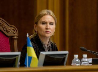 Олена Кондратюк: Уряд повинен терміново розробити національну стратегію боротьби з раком на період до 2030 року