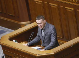 Іван Крулько: Влада має врешті врегулювати питання із захмарними зарплатами топчиновників
