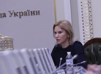 Олена Кондратюк: Уряд та МОЗ мають невідкладно налагодити виробництво вітчизняних ПЛР-тестів