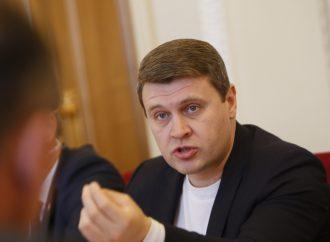 Вадим Івченко: У нашого уряду слова розходяться з ділом