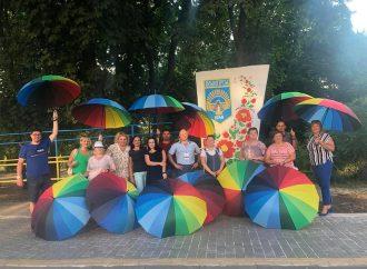 Депутат від «Батьківщини» прикрашає  рідне місто