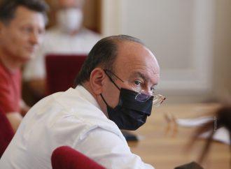 Михайло Цимбалюк: Повний карантин в Україні уряд запровадив через власну непрофесійність