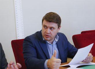 Вадим Івченко: Президент чинить тиск на Конституційний Суд через можливе визнання неконституційності закону про розпродаж сільськогосподарської землі