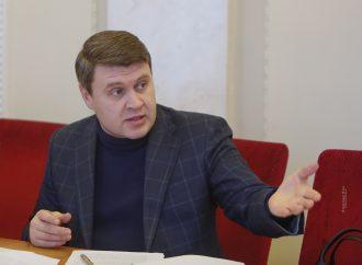 Вадим Івченко: Урядовці навіть не намагаються чути українців, а діють винятково за відомим лише їм самим планом