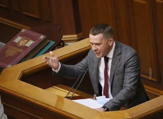 Іван Крулько: Замість того, щоб піднімати ставки держмита, слід розглядати нагальні питання тарифів, підвищення розмірів пенсій та зарплат