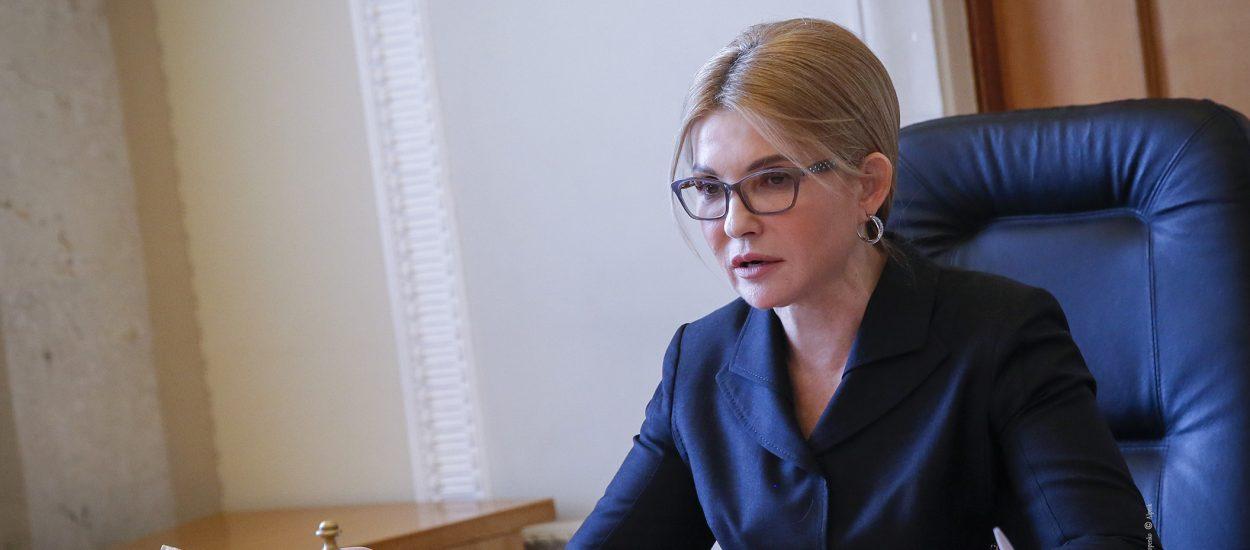 Ваша праця має отримати гідну оцінку та винагороду, – Юлія Тимошенко з нагоди Дня медичної сестри