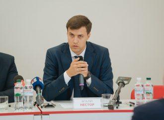 Віталій Нестор: Бездіяльність влади щодо розпродажу землі нанесе значні збитки Україні