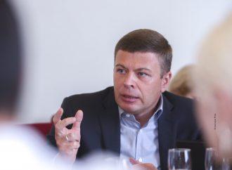 Андрій Пузійчук: Замість того, щоб покращувати рівень життя людей, влада вчергове влаштовує політичне шоу