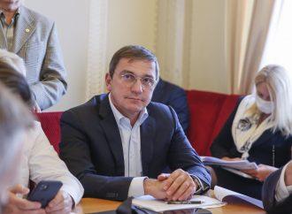 Костянтин Бондарєв: Влада ігнорує законопроєкти про збільшення пенсій і наживається на людях